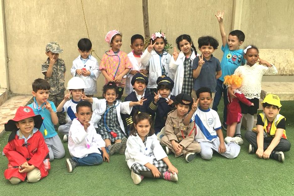 KG 2 Stars: Community Helper